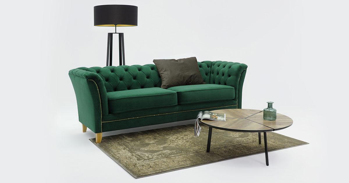 Pikowane sofy glamour