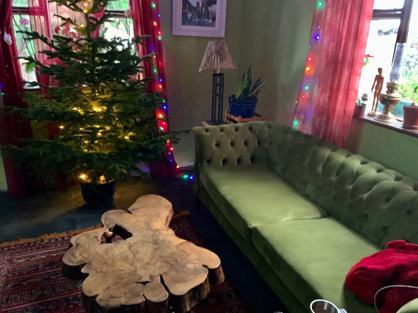 Oliwkowa sofa Chesterfield Modern Wood