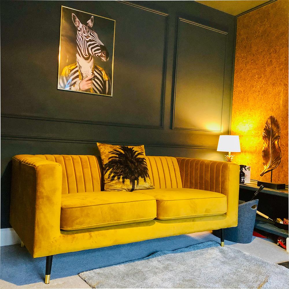 Musztardowa sofa Slender od Russella