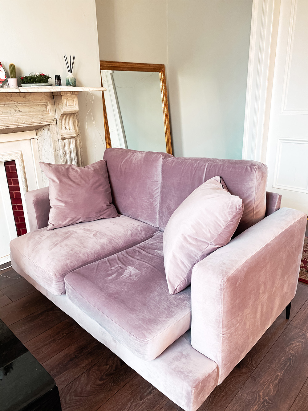 Różowa dwuosobowa sofa Covex