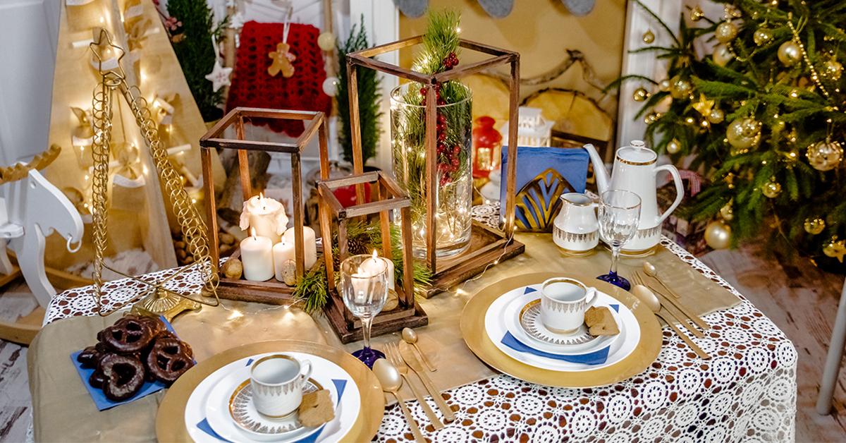 Boże Narodzenie - pomysł na świąteczny stół w jadalni